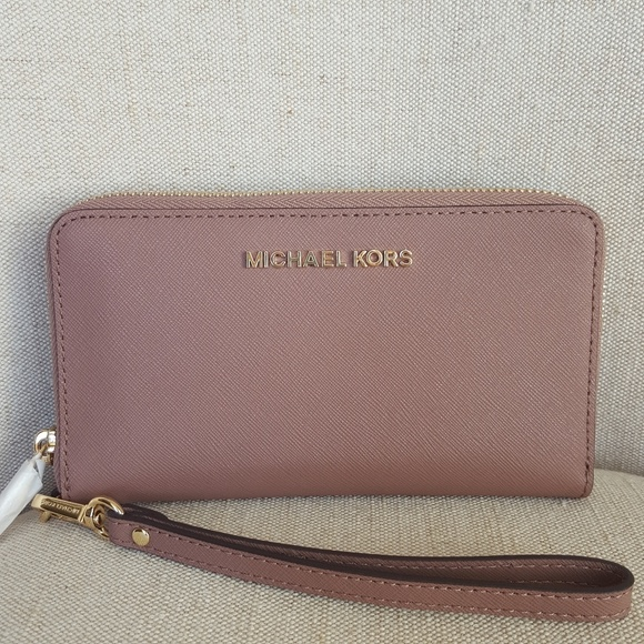 37a4dc9ea983 NWT Michael Kors LG wallet phone case Dusty Rose